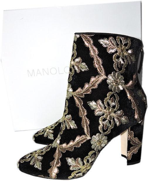 $1090 MANOLO BLAHNIK Isola Velvet Brocade Ankle Boots Embroidery Booties 39 Blac