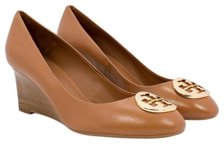 Tory Burch ALICE Royal Tan Leather Wedge 65 mm Pump Shoe Gold Logo 10.5