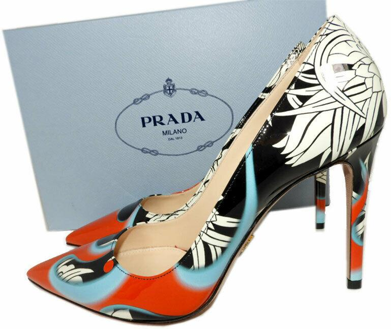 Prada Patent Leather Classic Pointy Toe Pumps Shoes 39.5 Heels