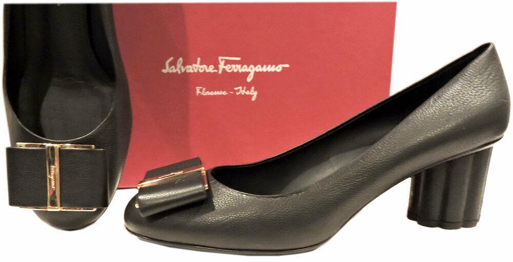 Salvatore Ferragamo Capua Pumps Vara Bow 55 Pebbled Leather Shoes 10.5